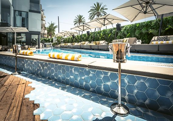 hotel figueretas ibiza spanje